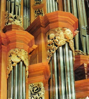 carved wood pipe shades, Fritts pipe organ, Gottfried and Mary Fuchs Organ, Pacific Lutheran University, wood carver & artist Jude Fritts